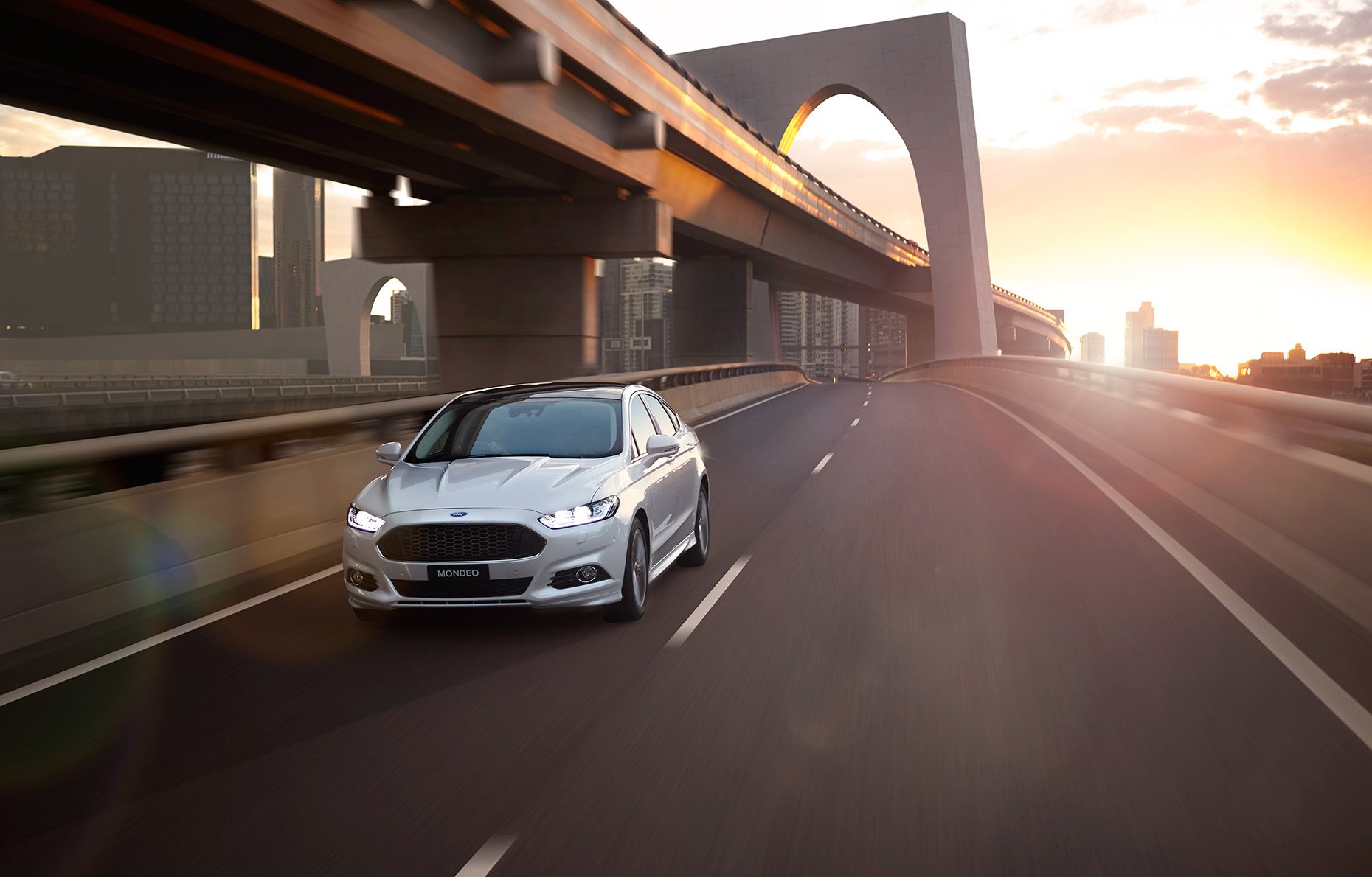 Mondeo-Front-Beauty-Lane-Keeping
