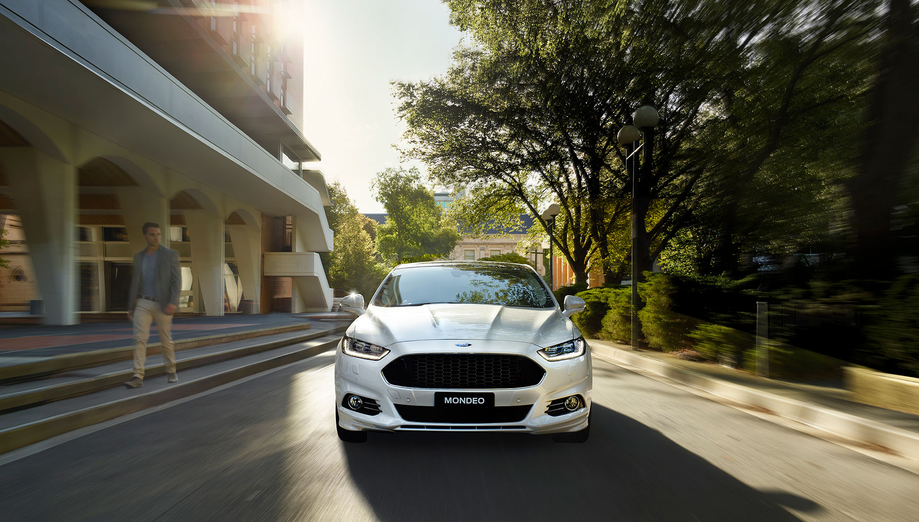Mondeo-Front-Beauty-Shot-Uni